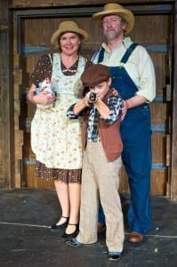 Lisa Clayton as Cumie Barrow, Perry Whitehair as Henry Barrow, and Kimball Bradford as Young Clyde Barrow.