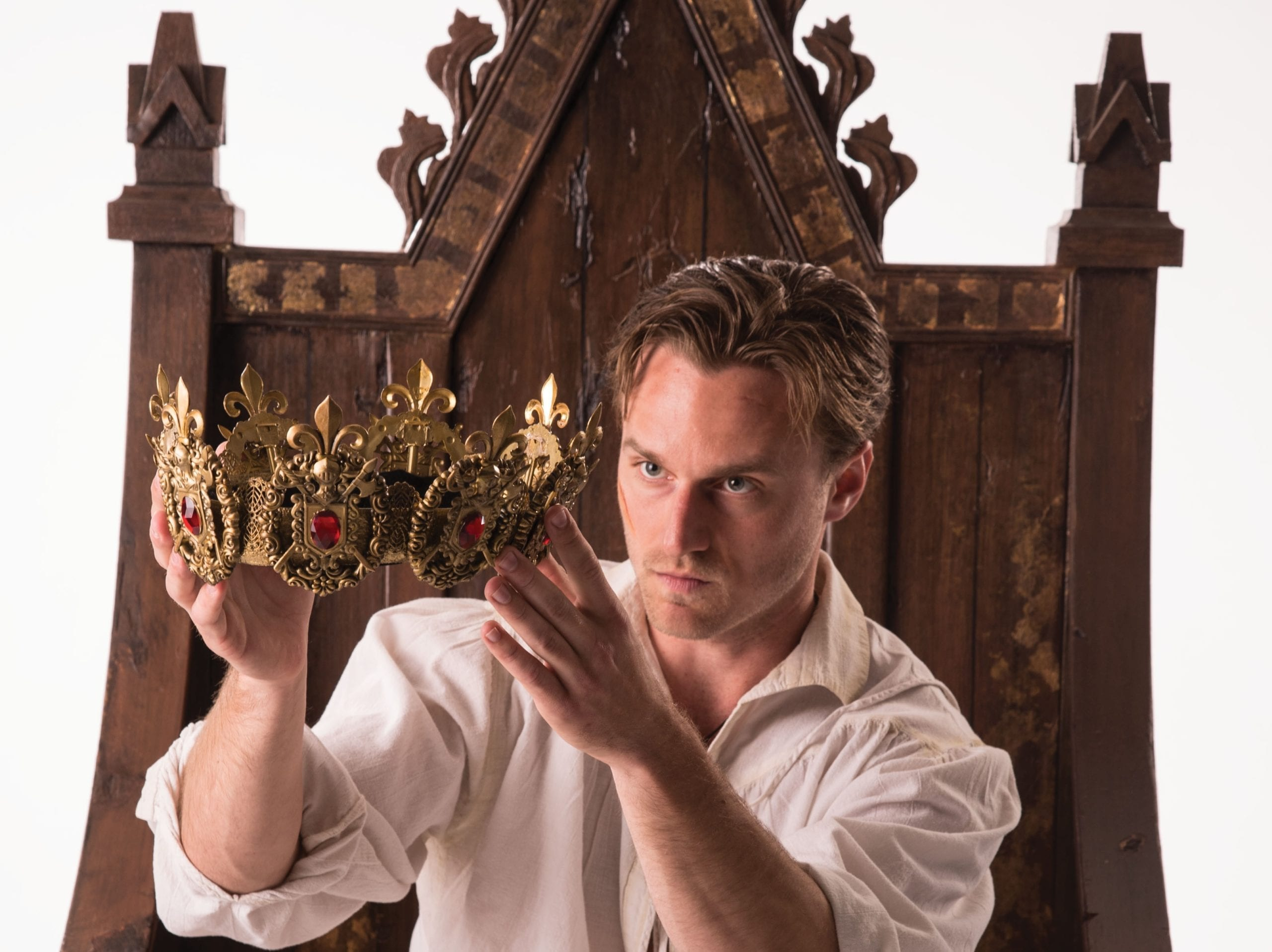 Interview with actors playing Henry IV and Henry V in the HENRIAD series