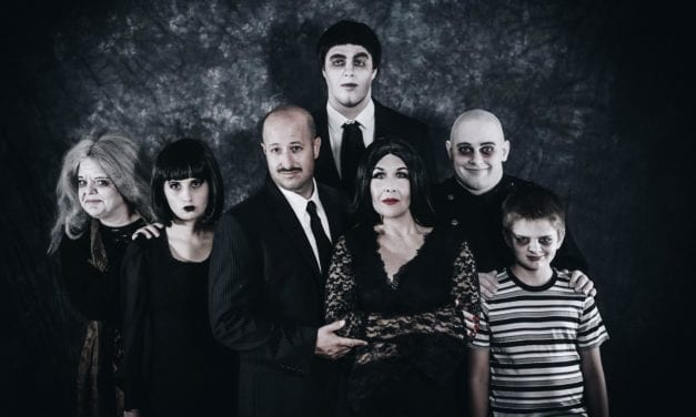 """""""Move towards the darkness"""" of Hopebox's ADDAMS FAMILY"""